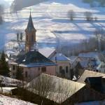 vue de l'église en hiver